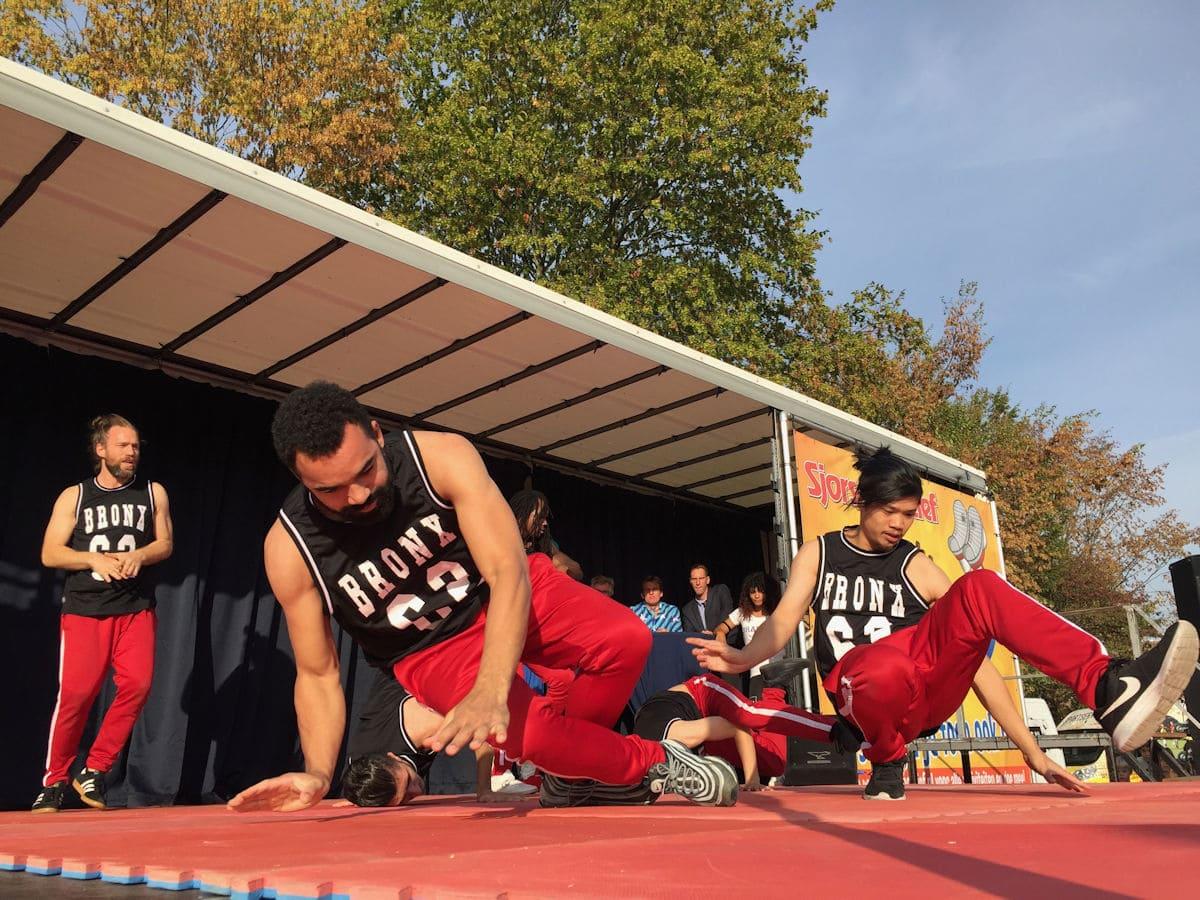 Martijn Adelmund_Opening door de Bransz Breakdance crew